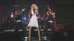 Christina Aguilera - Ain't No Other Man (Live @ Letterman 2006-08-16)1